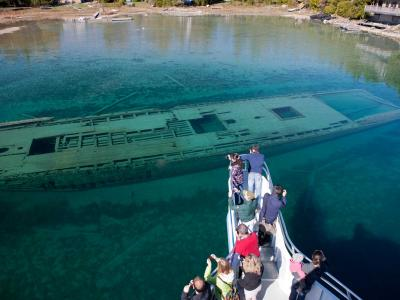 Shipwrecks Scenic Tour